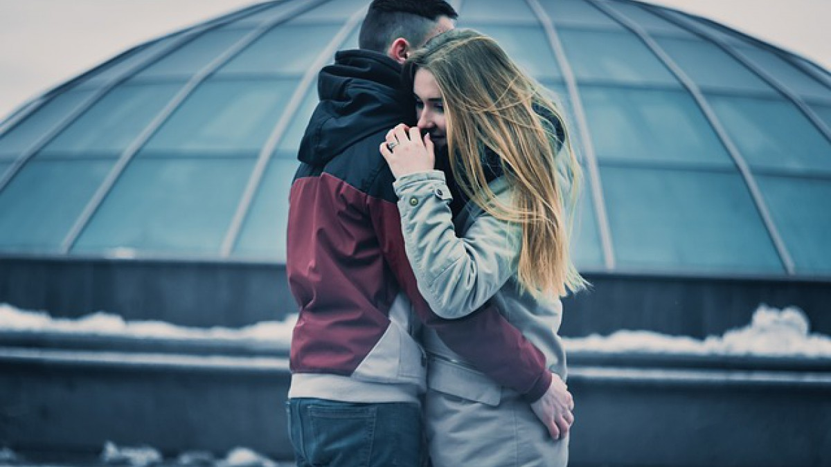 9 habits to connect emotionally with someone
