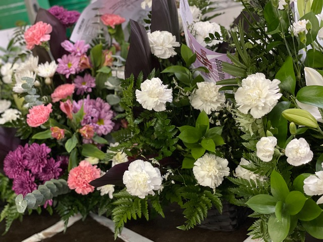 Using the flower delivery services from Bloomex