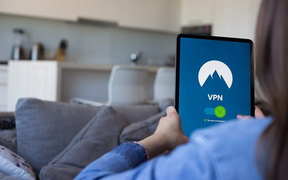 What is a VPN and how does it work? Learn more about this security barrier